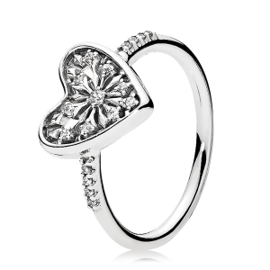 925 Sterling Silver Heart of Winter Pandora Ring